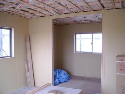 内部造作 これからクロスと床がはられます